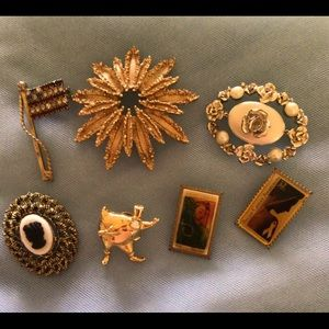 Vintage Collectible Brooch's Monet 1928 & More